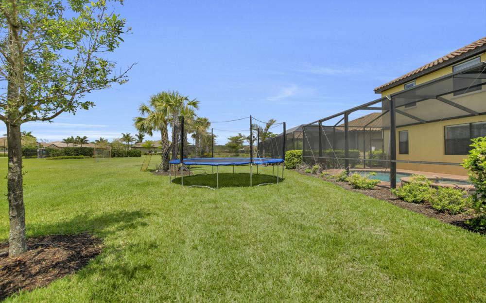 20218 Black Tree Ln, Estero - Home For Sale 1767624376