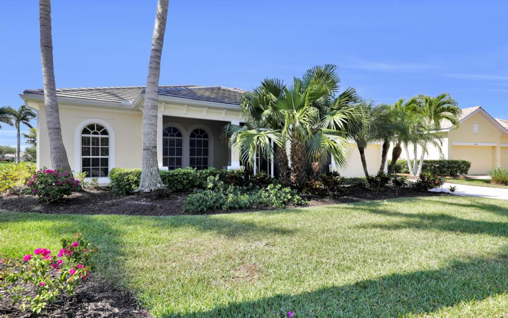 2600 Fairmont Cove Ct, Cape Coral - Home For Sale 228925621