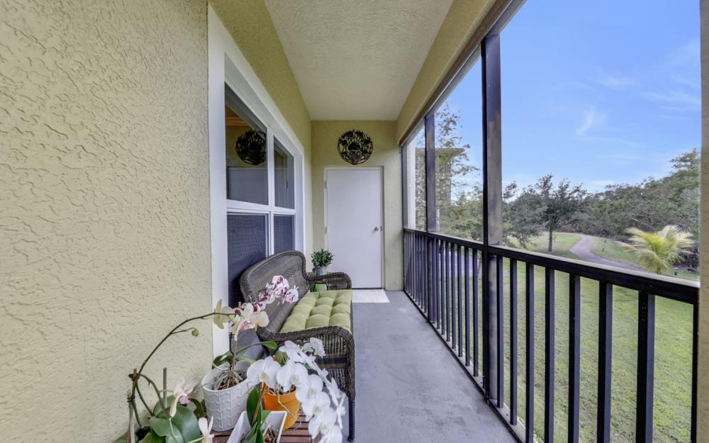 10060 Lake Cove Dr #101, Fort Myers - Condo For Sale 1684610440