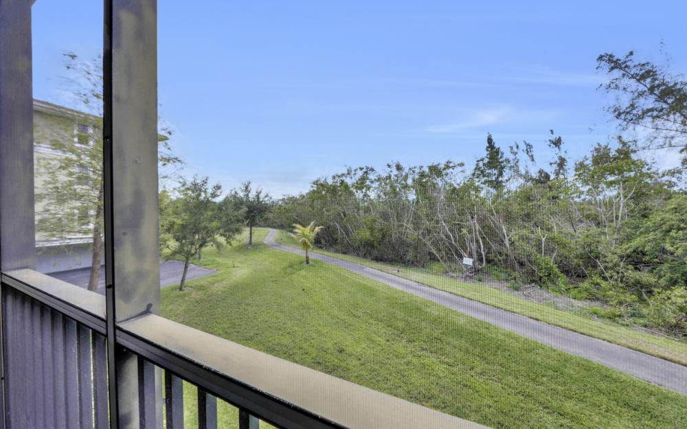 10060 Lake Cove Dr #101, Fort Myers - Condo For Sale 1253047371