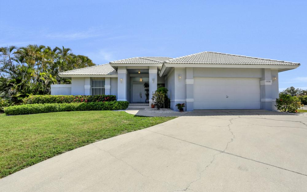 1530 Winterberry Dr, Marco Island - Home For Sale 738362063