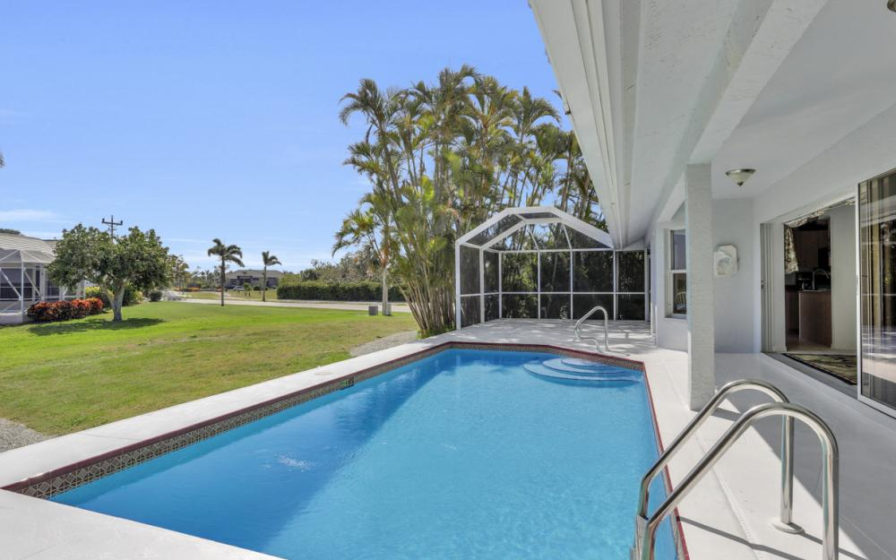 1530 Winterberry Dr, Marco Island - Home For Sale 1250288103