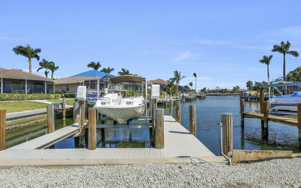 1530 Winterberry Dr, Marco Island - Home For Sale 317545899
