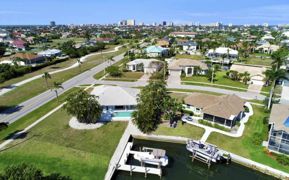 1530 Winterberry Dr, Marco Island - Home For Sale 4093271