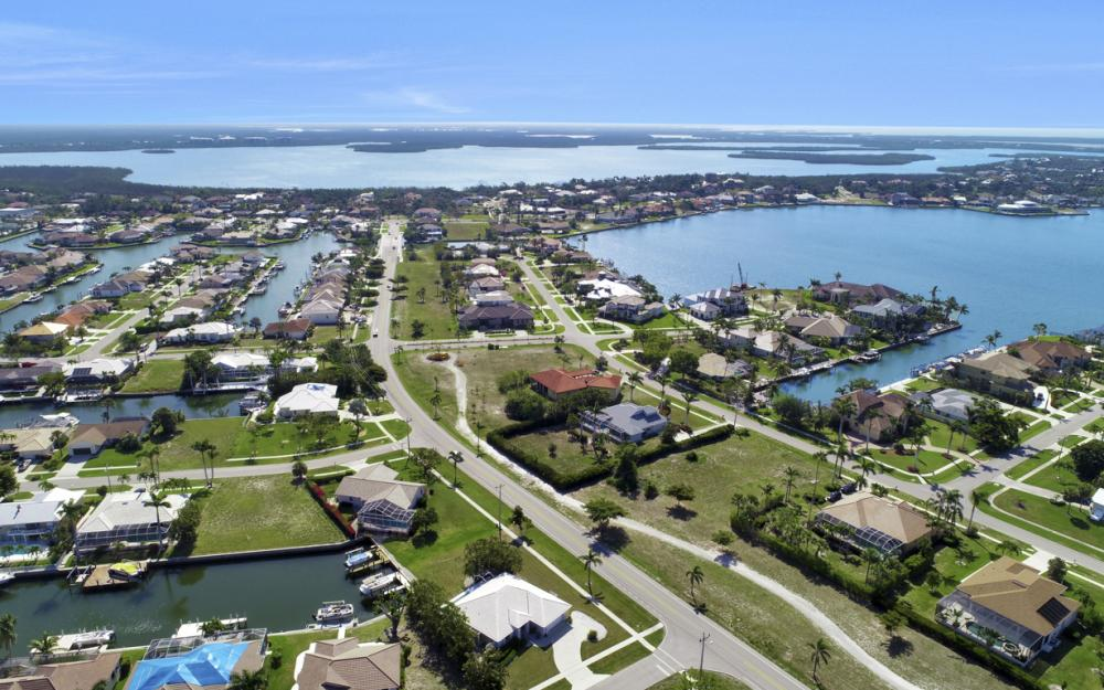1530 Winterberry Dr, Marco Island - Home For Sale 1956281118