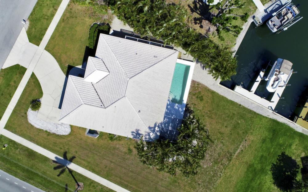 1530 Winterberry Dr, Marco Island - Home For Sale 31312918