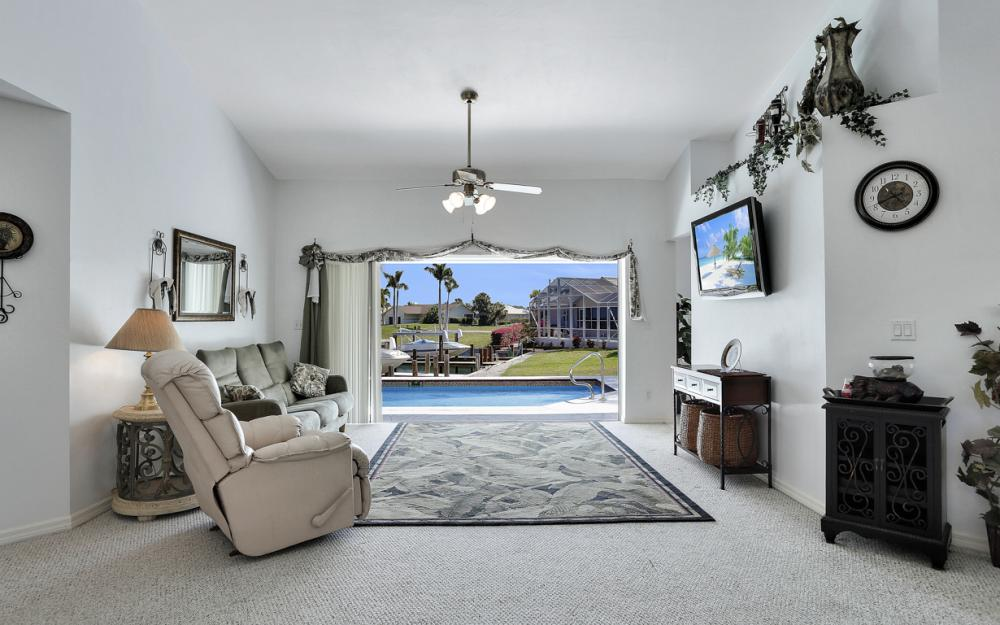 1530 Winterberry Dr, Marco Island - Home For Sale 417291034