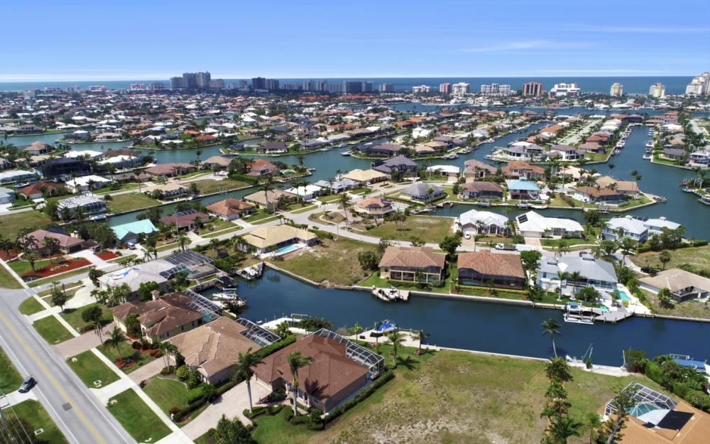 266 S Heathwood Dr, Marco Island - Home For Sale 909150602