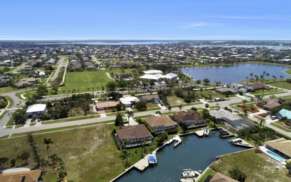 266 S Heathwood Dr, Marco Island - Home For Sale 1665788320