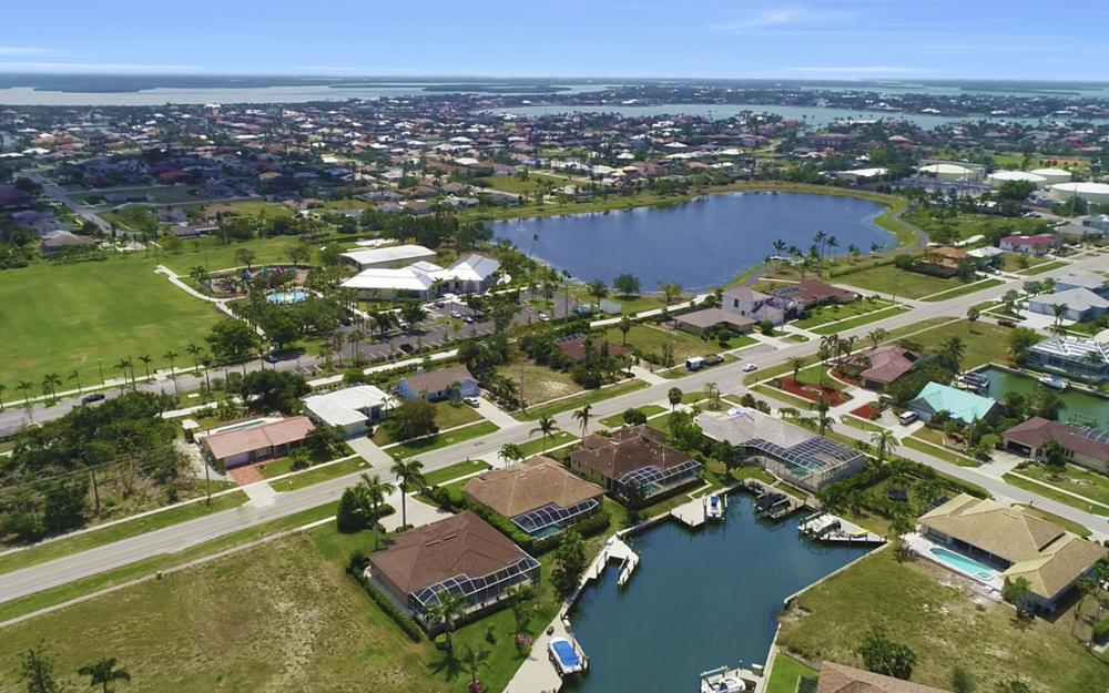 266 S Heathwood Dr, Marco Island - Home For Sale 1089881038