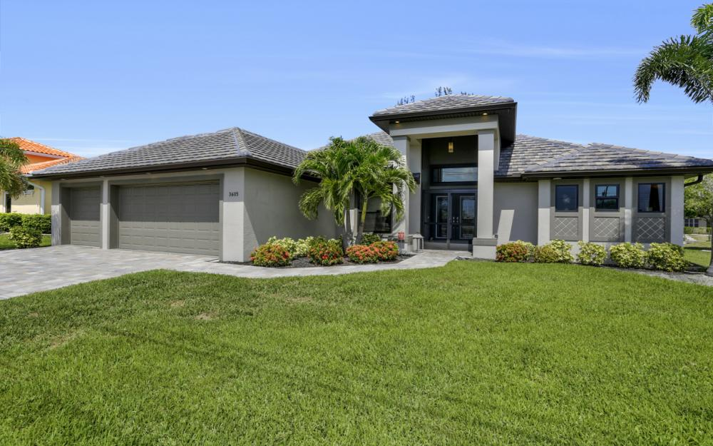 3605 SW 15th Pl, Cape Coral - Home For Sale 290233520