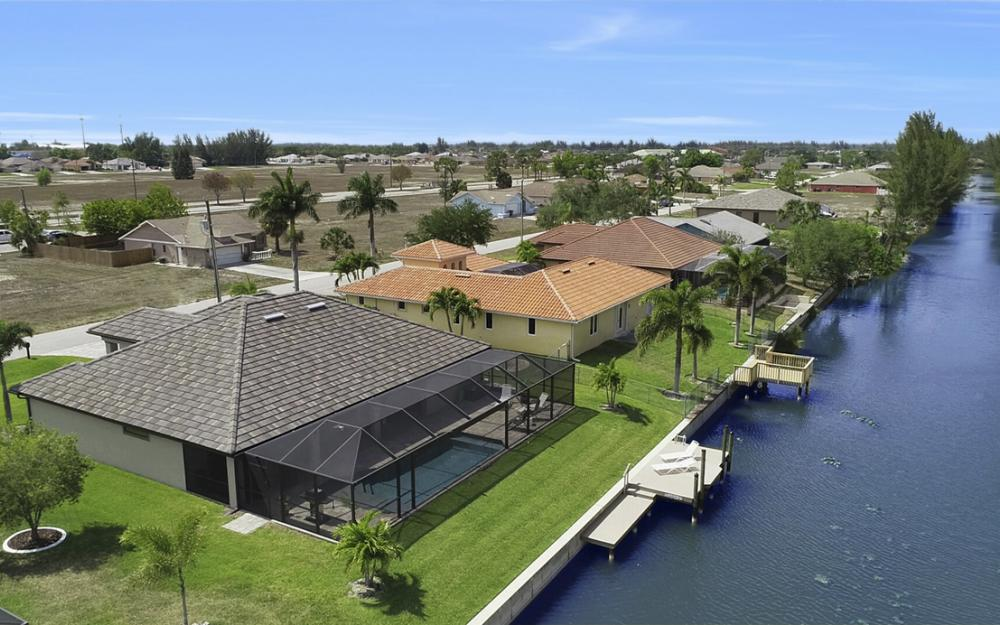 3605 SW 15th Pl, Cape Coral - Home For Sale 820937569
