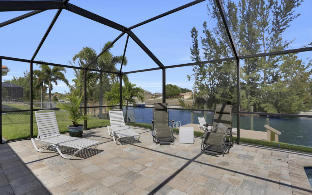 3605 SW 15th Pl, Cape Coral - Home For Sale 2059996065