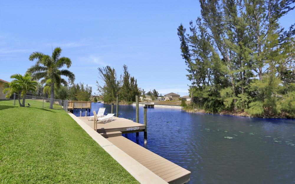 3605 SW 15th Pl, Cape Coral - Home For Sale 600030501