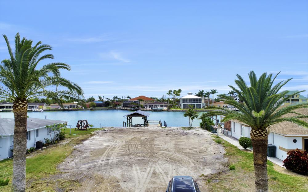 156 W Pago Pago Dr Naples, FL - Lot For Sale 1454704327