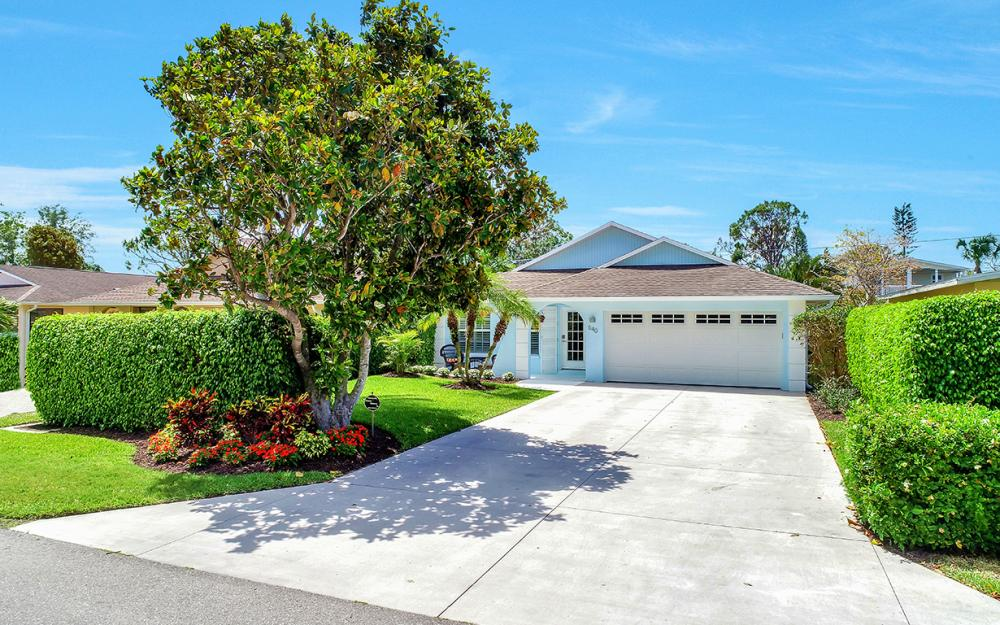 640 94th Ave N, Naples - Home For Sale 1716973919