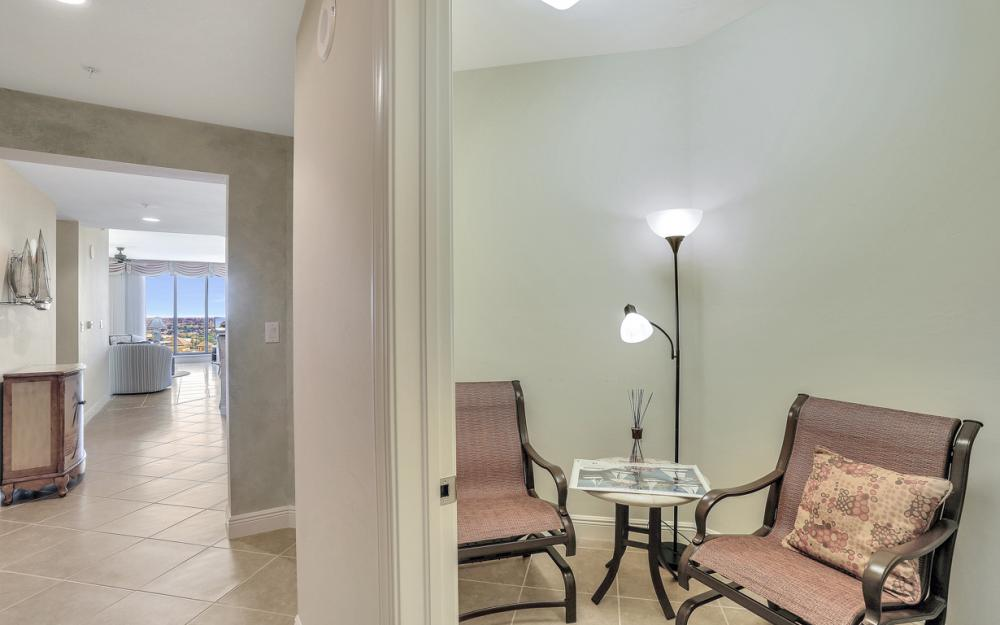 5781 Cape Harbour Dr #1204, Cape Coral - Condo For Sale 1573247080