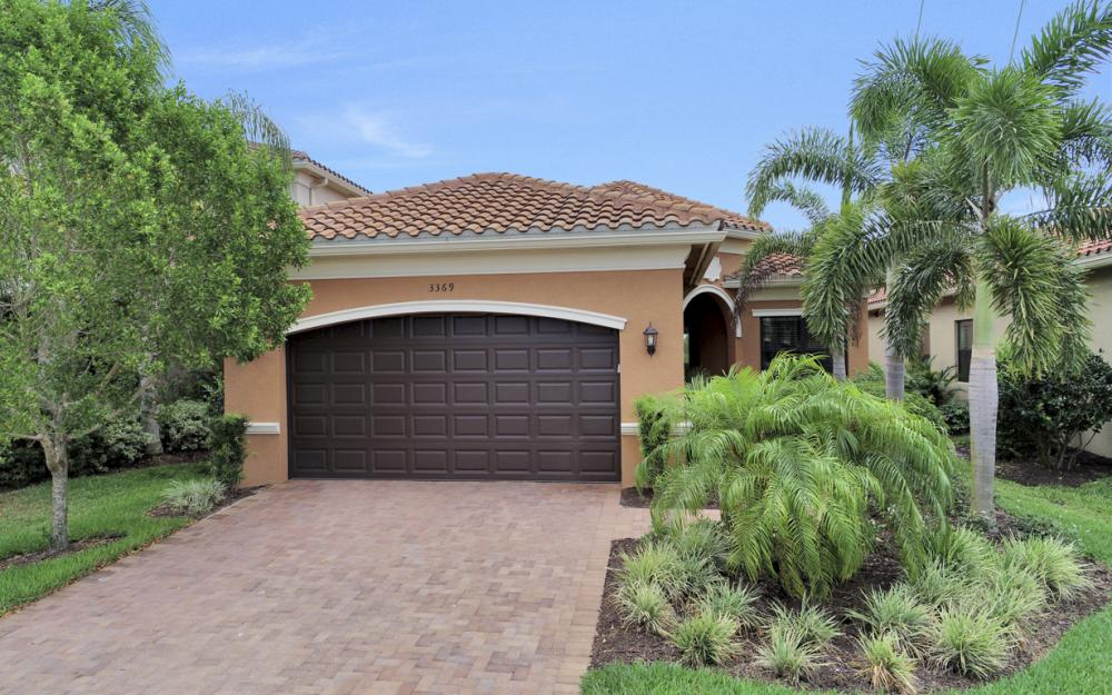 3369 Baltic Dr, Naples - Home For Sale 563020477