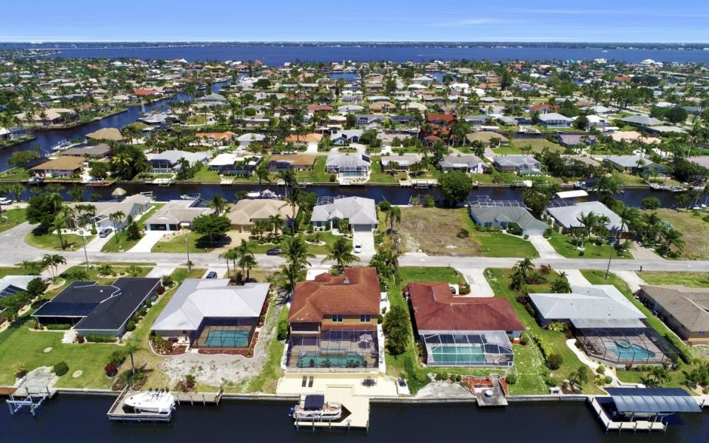 3328 SE 17th Pl, Cape Coral - Home For Sale 638623564