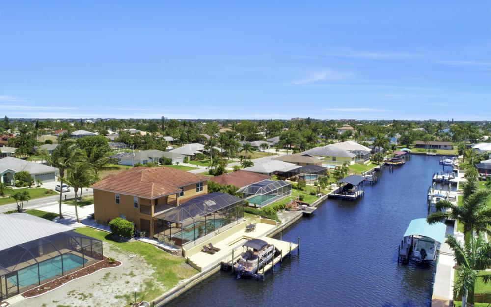 3328 SE 17th Pl, Cape Coral - Home For Sale 663557430