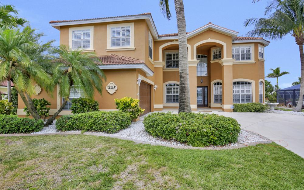 3328 SE 17th Pl, Cape Coral - Home For Sale 752337174