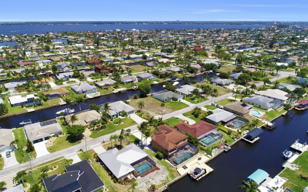 3328 SE 17th Pl, Cape Coral - Home For Sale 1631349787