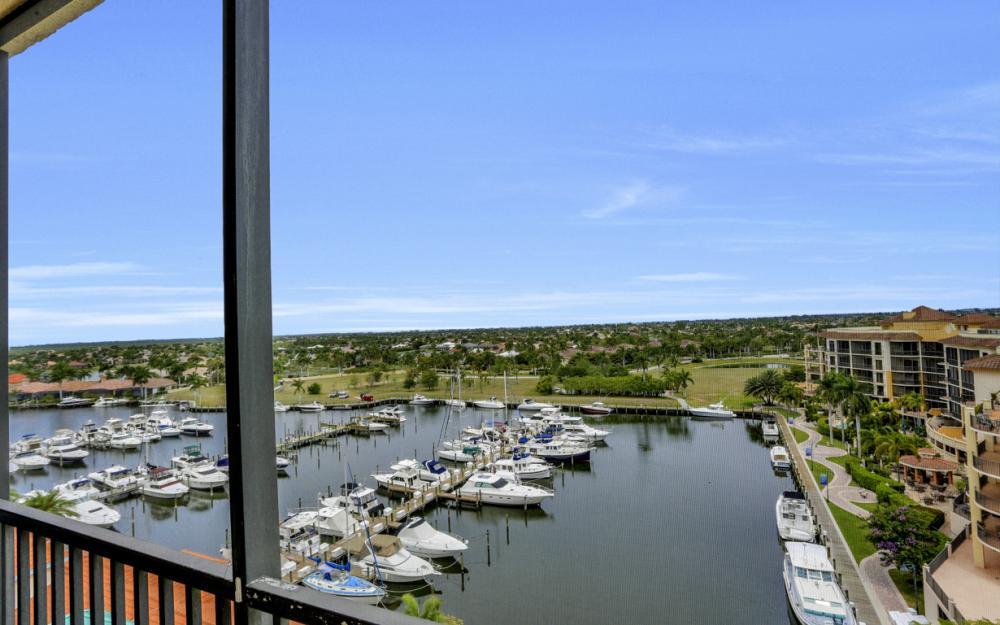 5793 Cape Harbour Dr #914, Cape Coral - Condo For Sale 36563187
