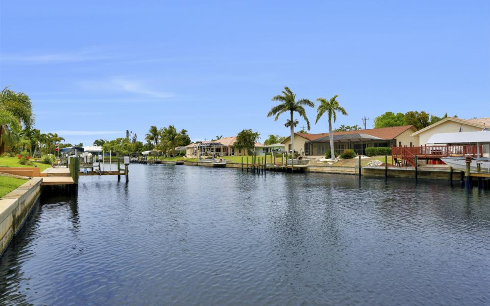 1709 SE 39th St Cape Coral, FL - Home For Sale 1213353852