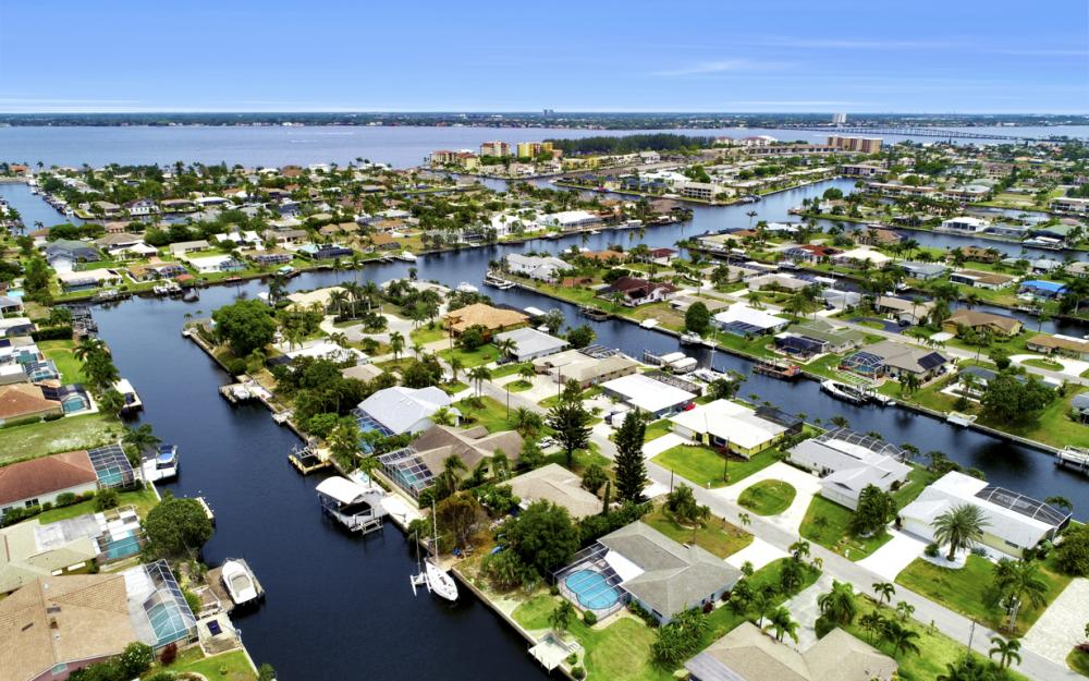 1709 SE 39th St Cape Coral, FL - Home For Sale 2045123140
