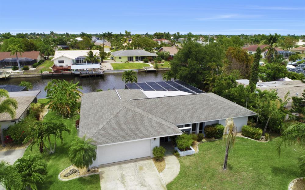 1709 SE 39th St Cape Coral, FL - Home For Sale 502175696