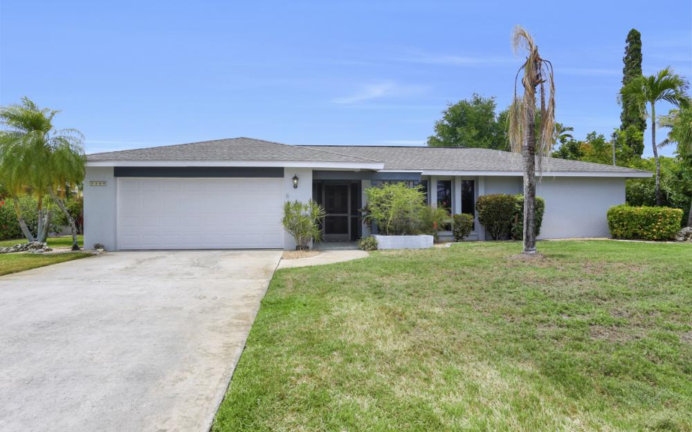 1709 SE 39th St Cape Coral, FL - Home For Sale 1488540698