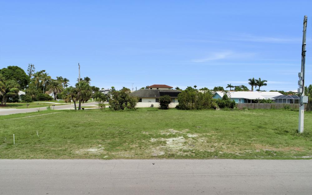 397 Century Dr, Marco Island - Lot For Sale 272971541