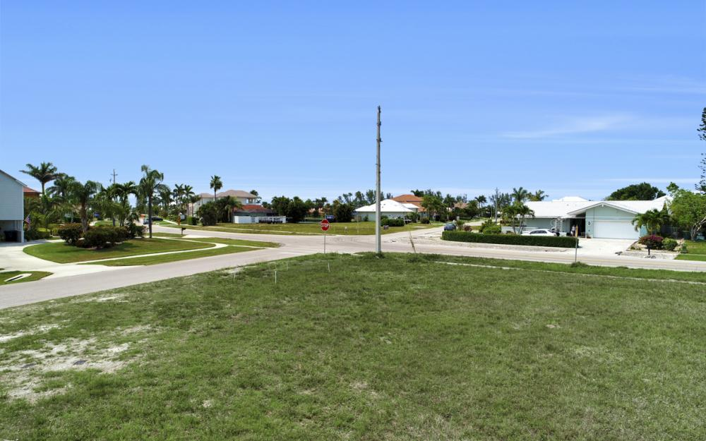 397 Century Dr, Marco Island - Lot For Sale 53355342