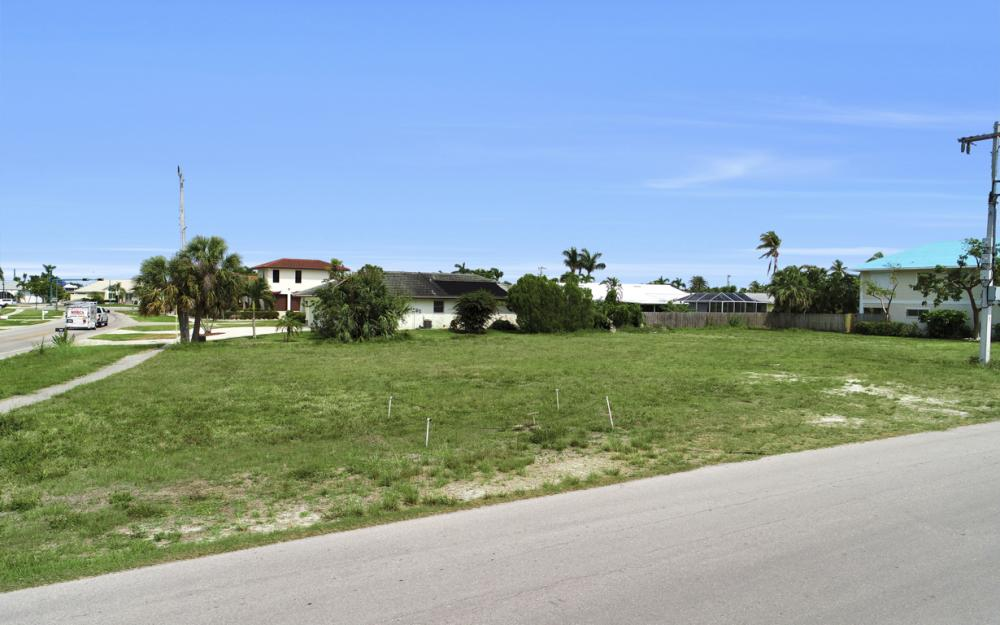 397 Century Dr, Marco Island - Lot For Sale 201582471
