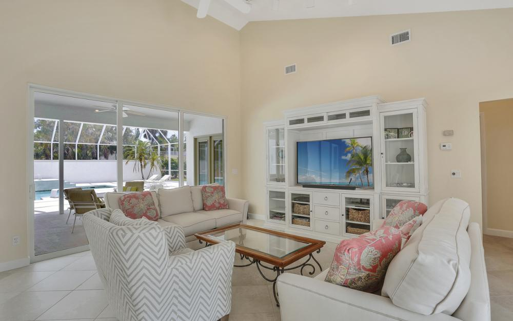 621 S Barfield Dr, Marco Island - Home For Sale 103142474