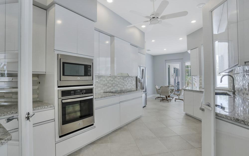 621 S Barfield Dr, Marco Island - Home For Sale 35188223