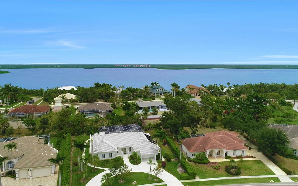 621 S Barfield Dr, Marco Island - Home For Sale 397727153