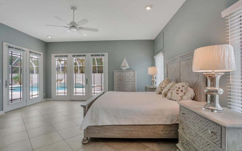 621 S Barfield Dr, Marco Island - Home For Sale 971975215