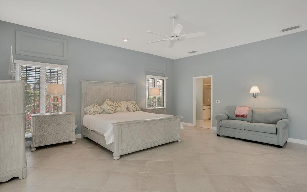 621 S Barfield Dr, Marco Island - Home For Sale 649254108