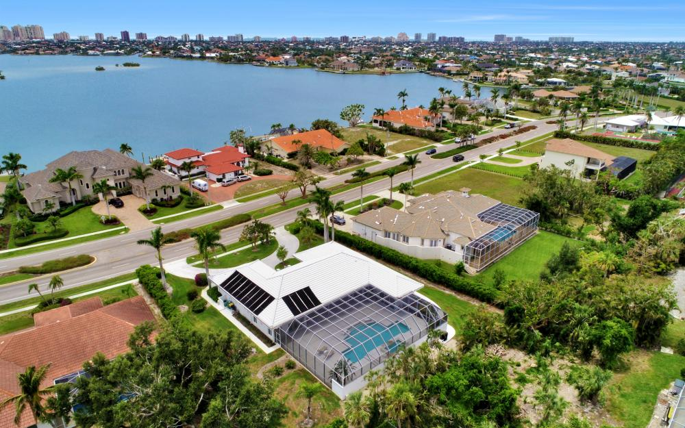 621 S Barfield Dr, Marco Island - Home For Sale 1136720165