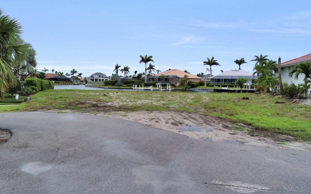 1044 Cottonwood Ct, Marco Island - Lot For Sale 1309659097