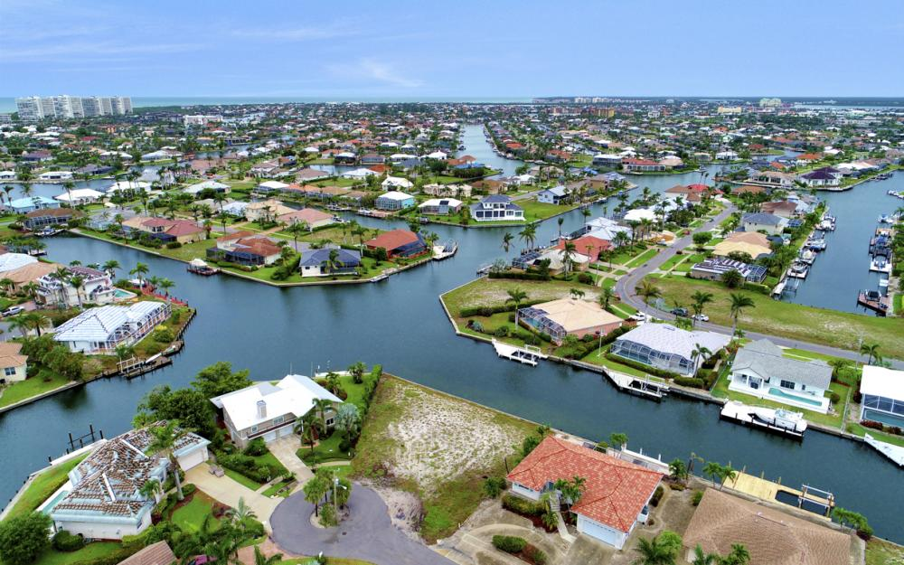 1044 Cottonwood Ct, Marco Island - Lot For Sale 107347413