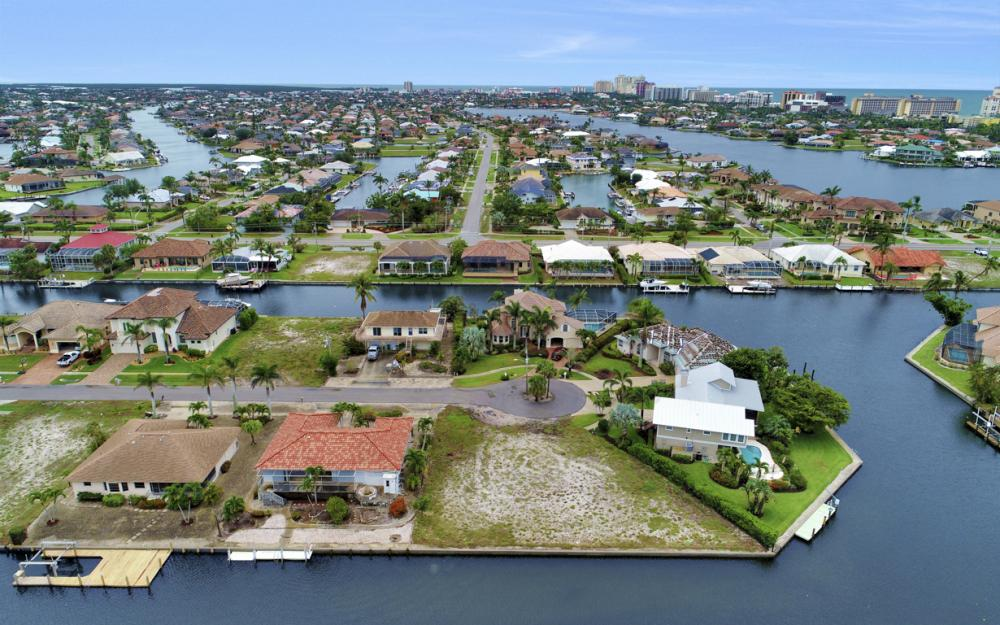 1044 Cottonwood Ct, Marco Island - Lot For Sale 1412739183