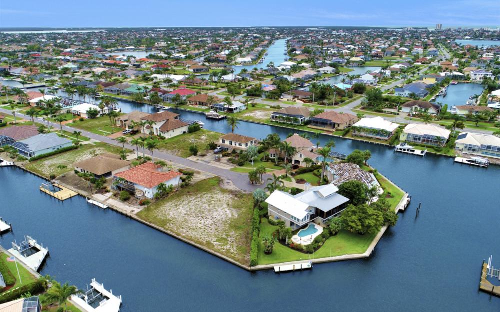 1044 Cottonwood Ct, Marco Island - Lot For Sale 499277314
