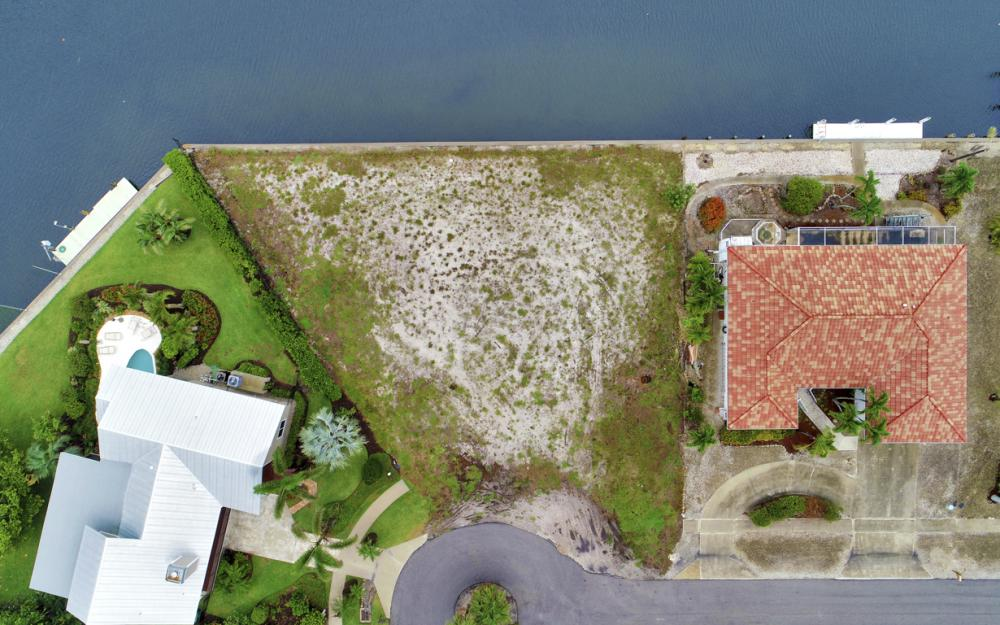 1044 Cottonwood Ct, Marco Island - Lot For Sale 308316069