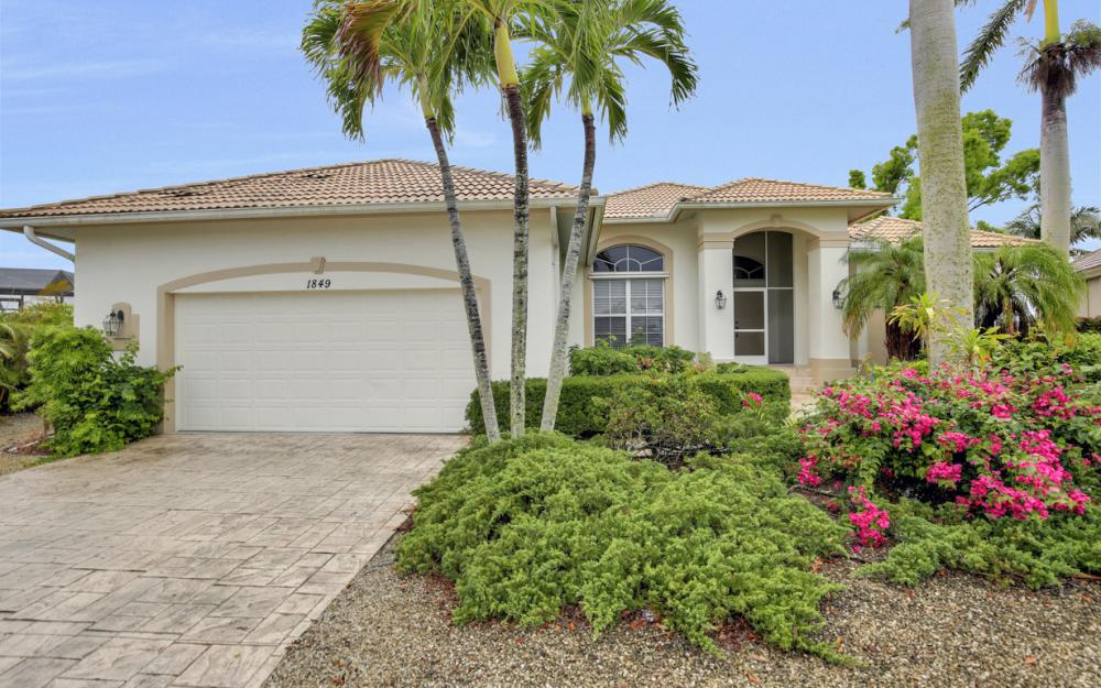 1849 Woodbine Ct Marco Island - Vacation Rental 1042382065
