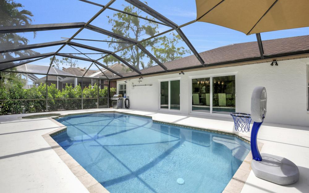 5182 Mabry Dr, Naples - Home For Sale 1076966040