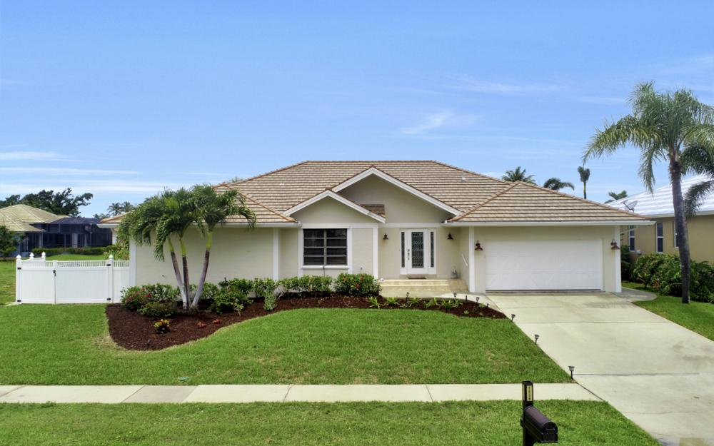 1850 Woodbine Ct, Marco Island - Home For Sale 279440596