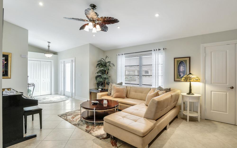 1850 Woodbine Ct, Marco Island - Home For Sale 1984792075