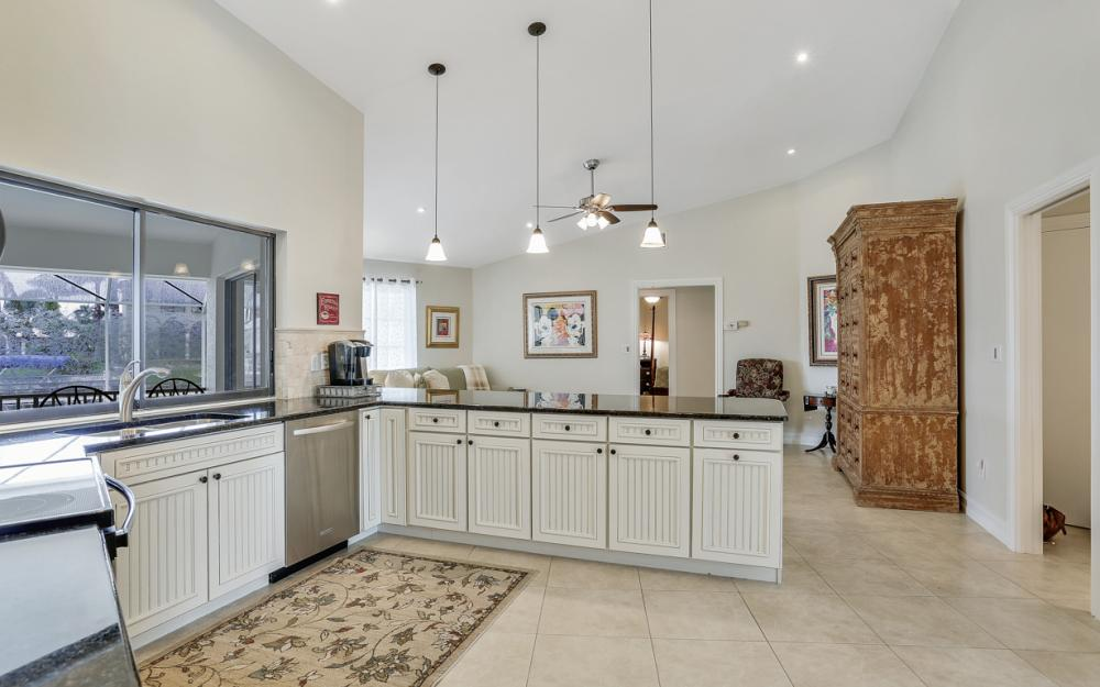 1850 Woodbine Ct, Marco Island - Home For Sale 355418265